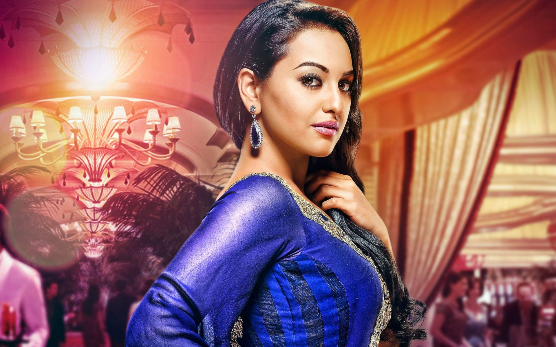 Indian Actress Sonakshi Sinha Wallpaper