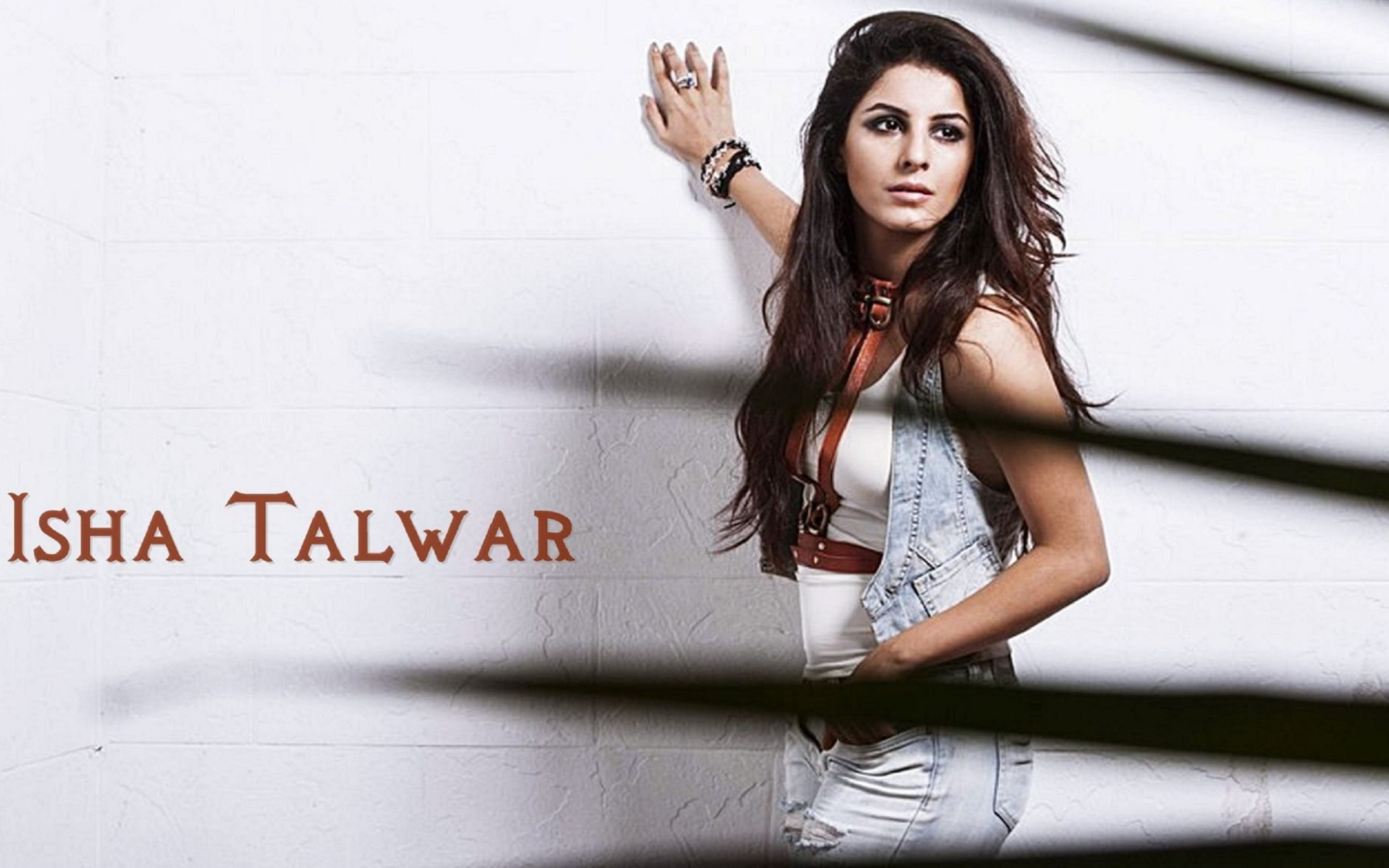 Download free HD Isha Talwar Wallpaper, image