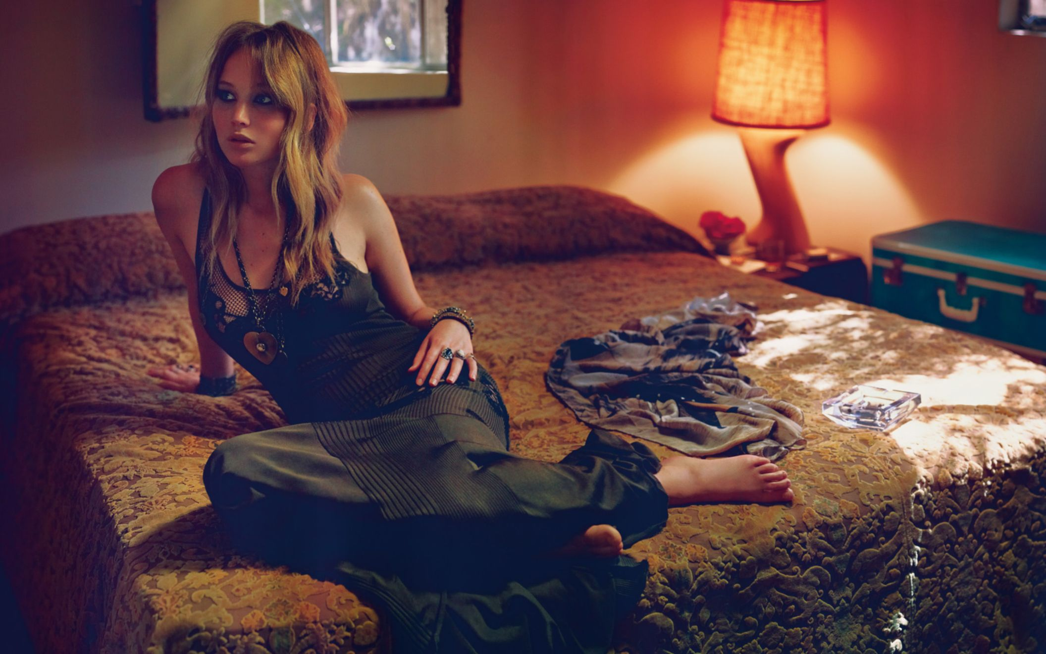 Download free HD Jennifer Lawrence in Vogue Italy Wide Wallpaper, image