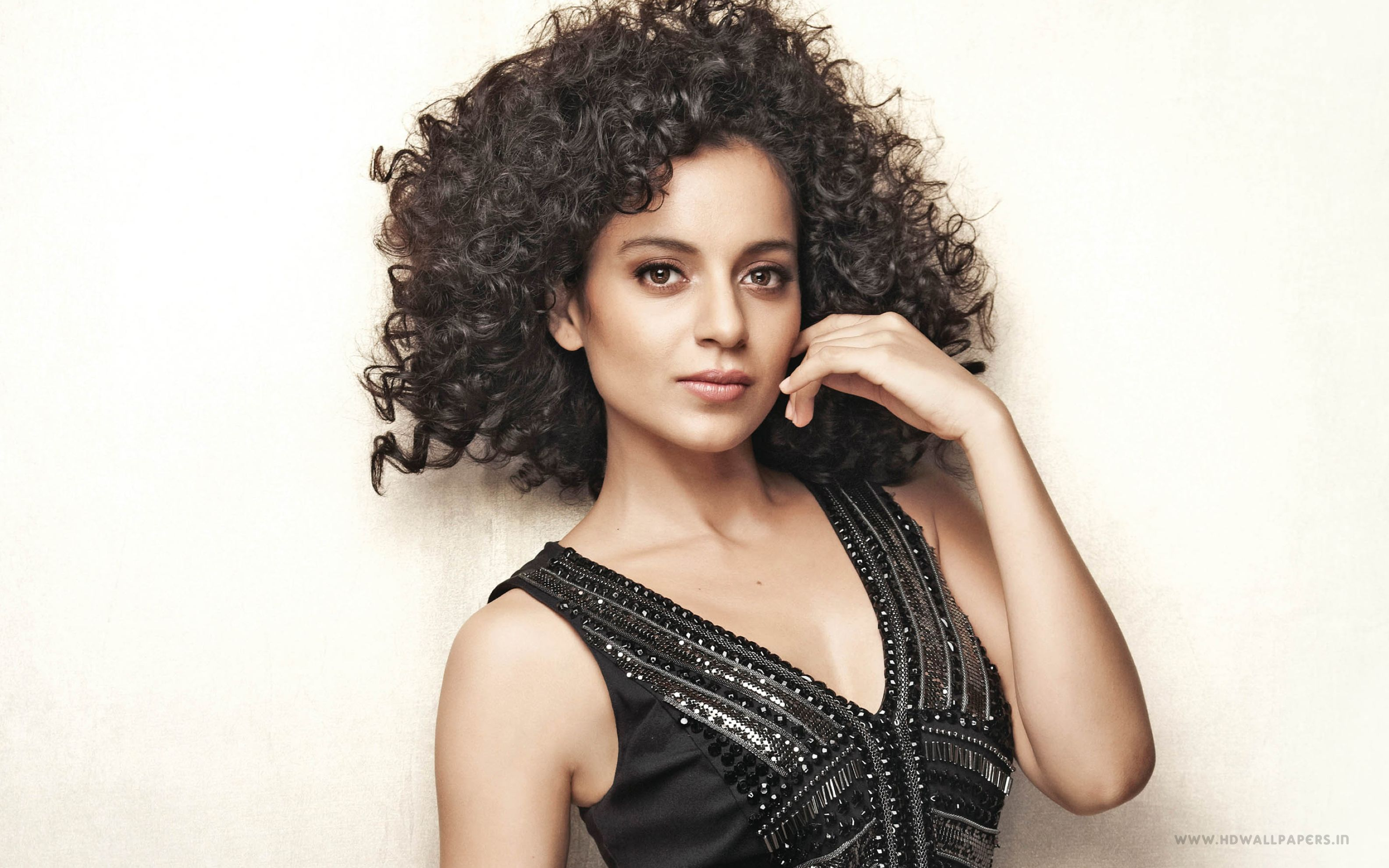 Download free HD Kangana Ranaut 2 Wide Wallpaper, image