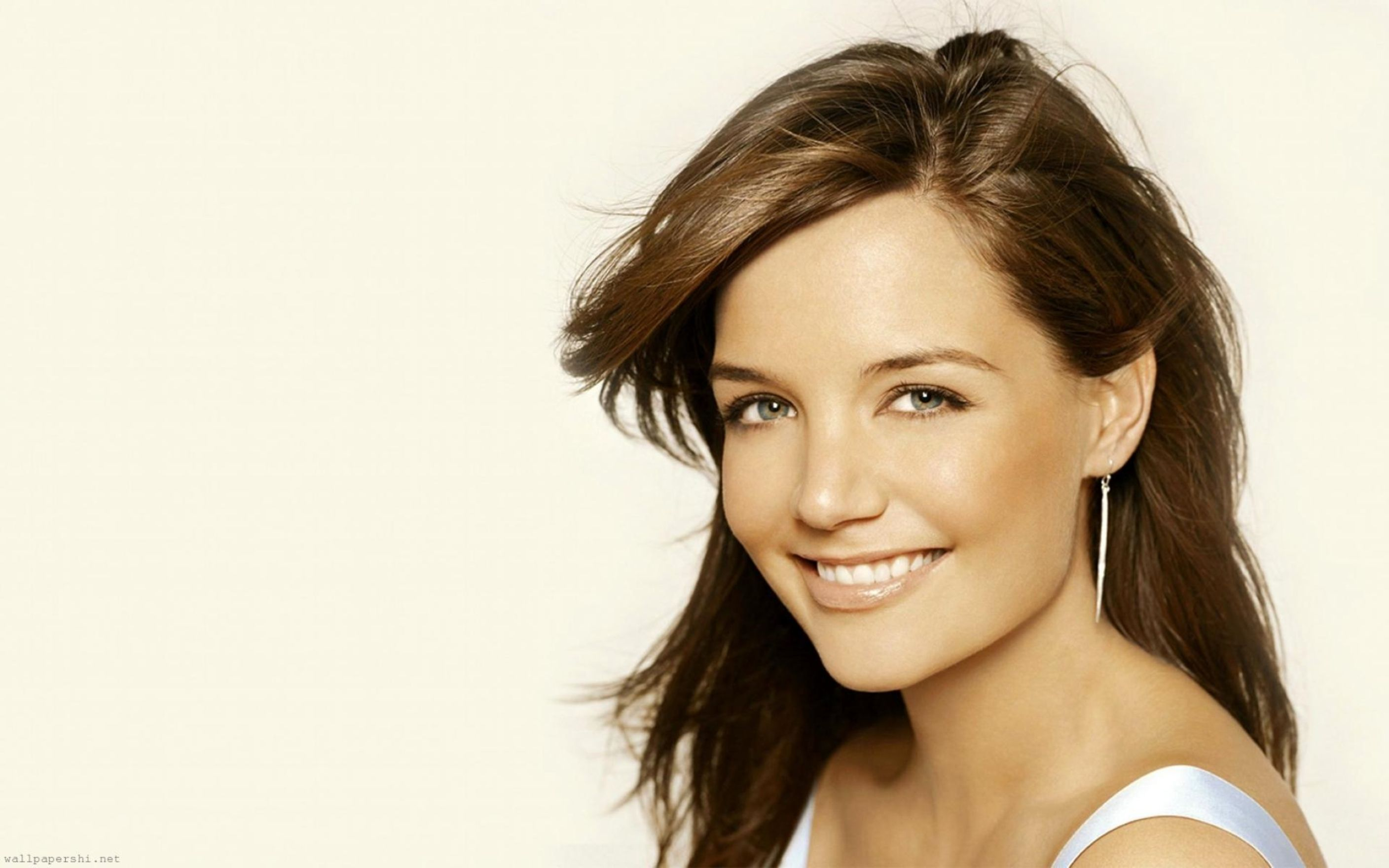 Download free HD Katie Holmes 2 Wallpaper, image