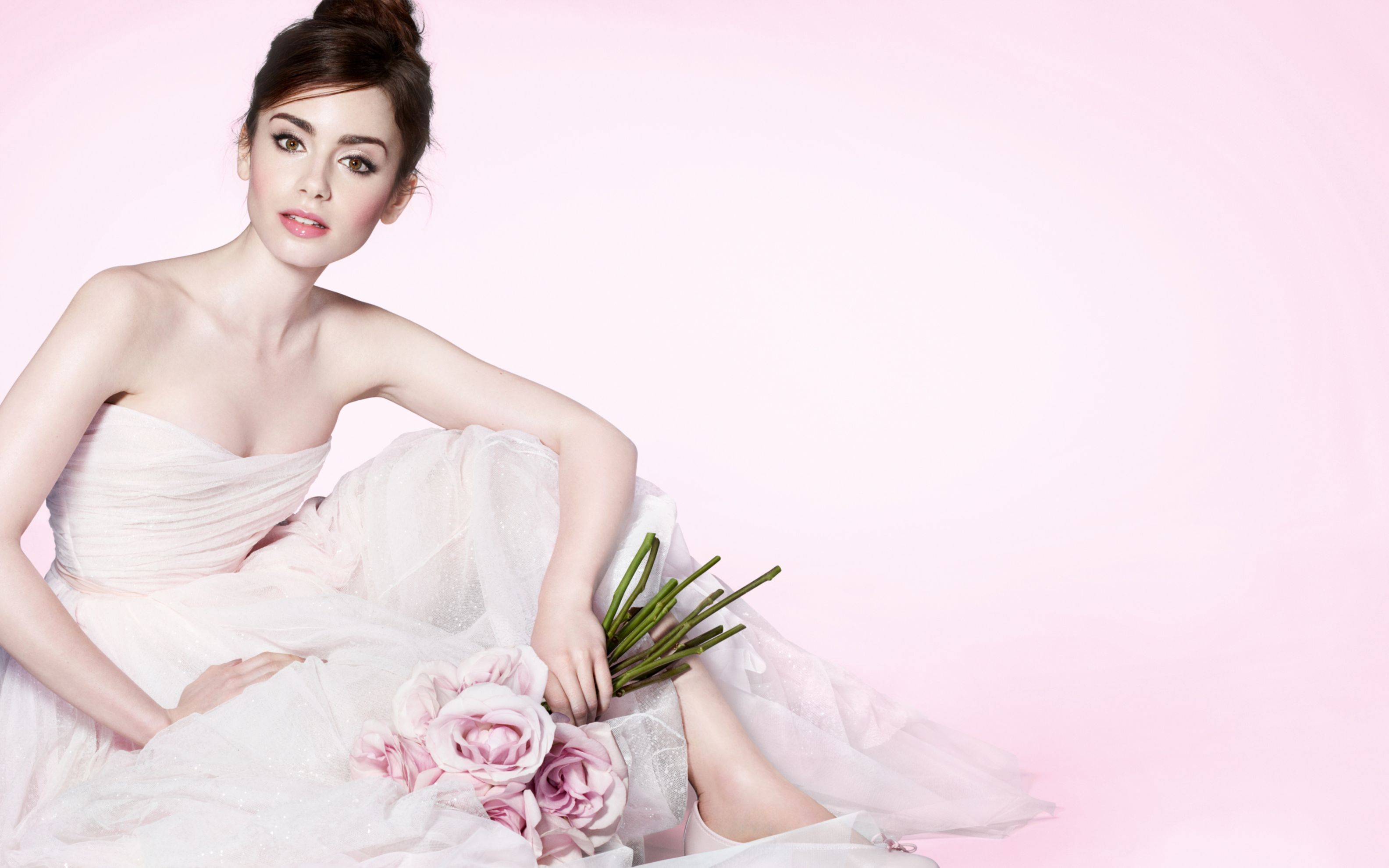 Download free HD Lily Collins 2016 Wide Wallpaper, image