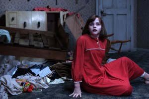 Download Madison Wolfe In The Conjuring 2 HD Wallpaper Free Wallpaper on dailyhdwallpaper.com