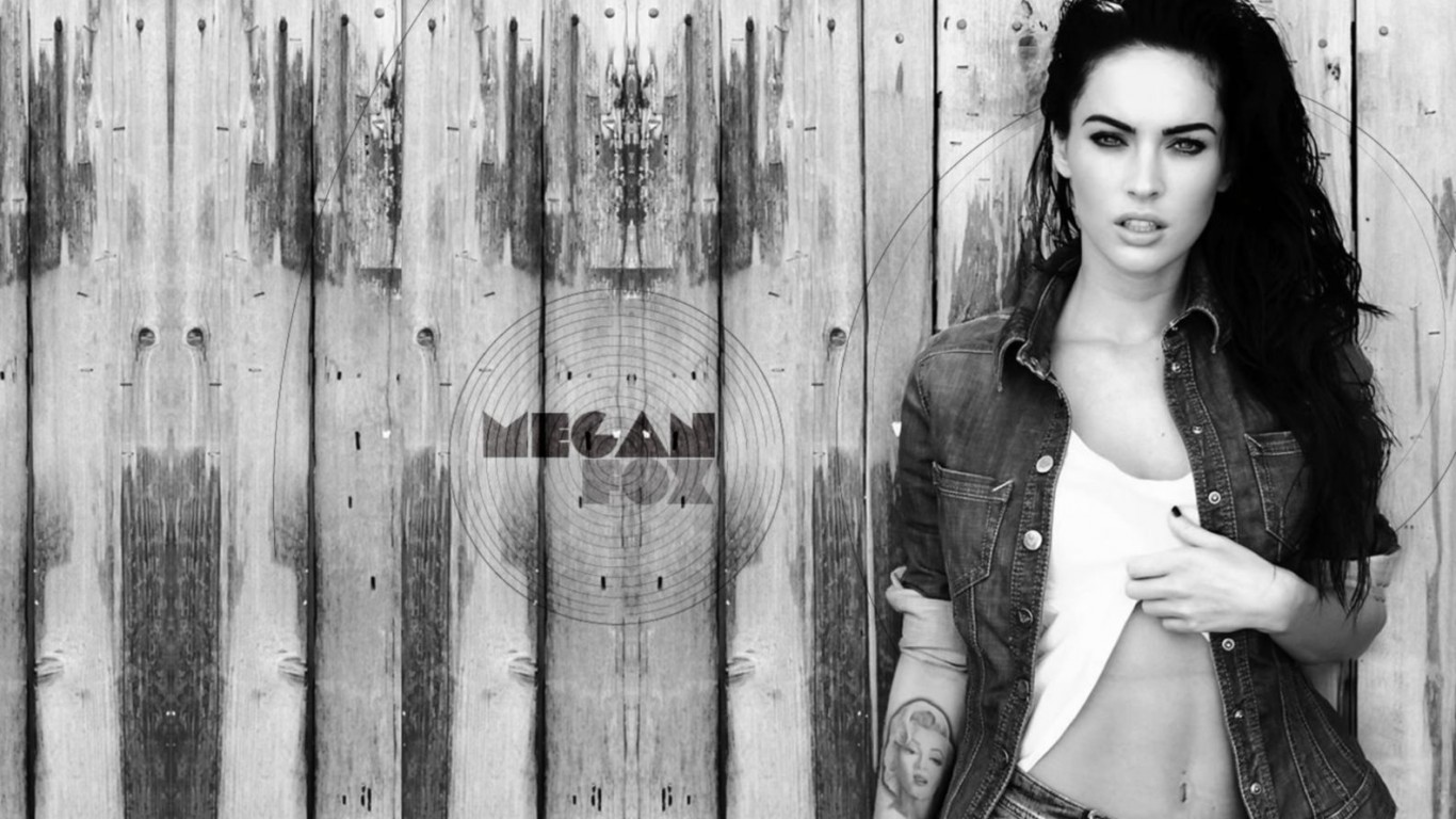 Megan Fox Black And White wallpapers (12 Wallpapers) – Art ... Megan Fox Wallpaper Black And White