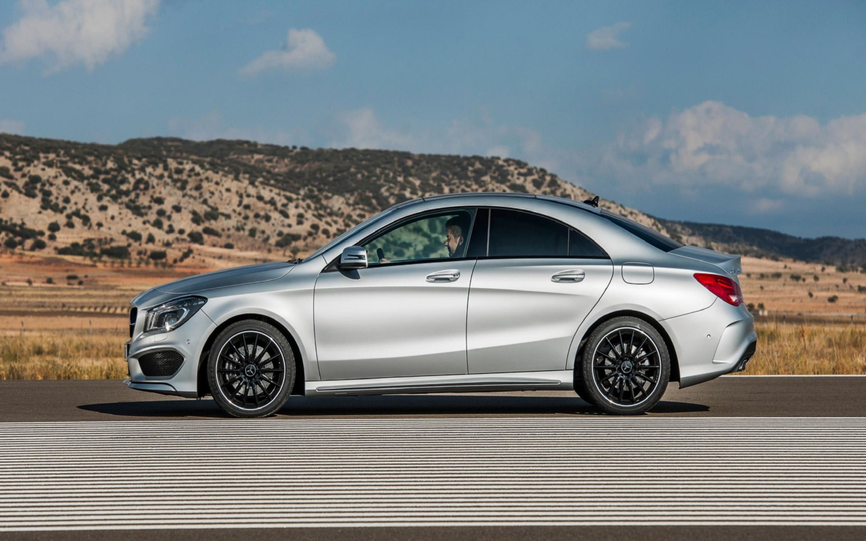 Download free HD Mercedes Benz Cla Class Digital Wallpaper, image