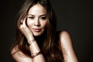 Moon Bloodgood Terminator Salvation Actress Wide Wallpaper