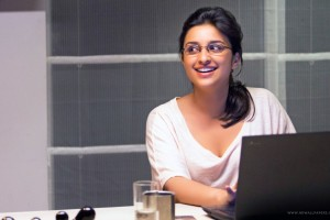 Download Parineeti Chopra Hasee Toh Phasee Wide Wallpaper Free Wallpaper on dailyhdwallpaper.com