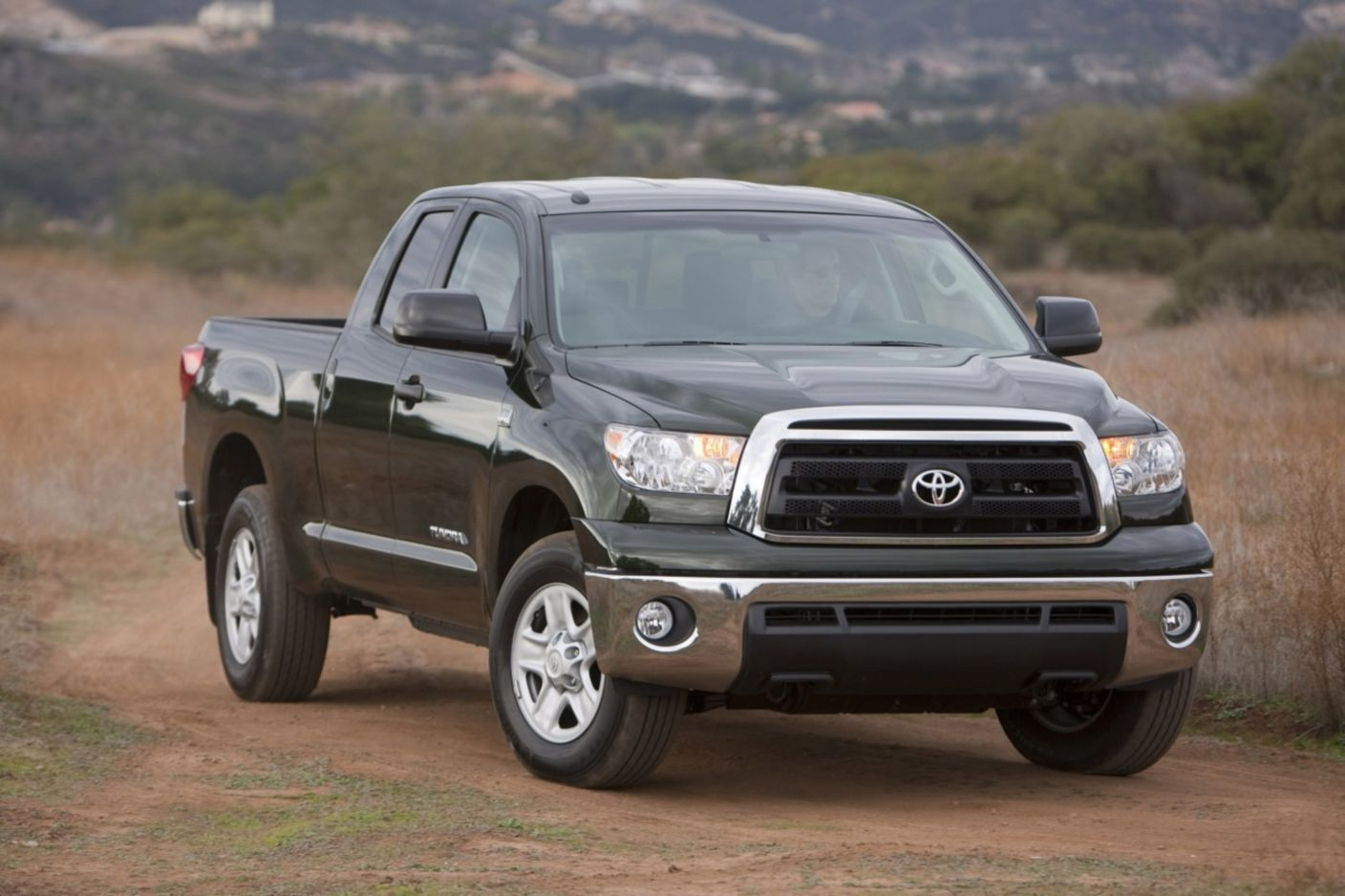 Download free HD Pickup Trucks Toyota Tundra Wallpaper, image