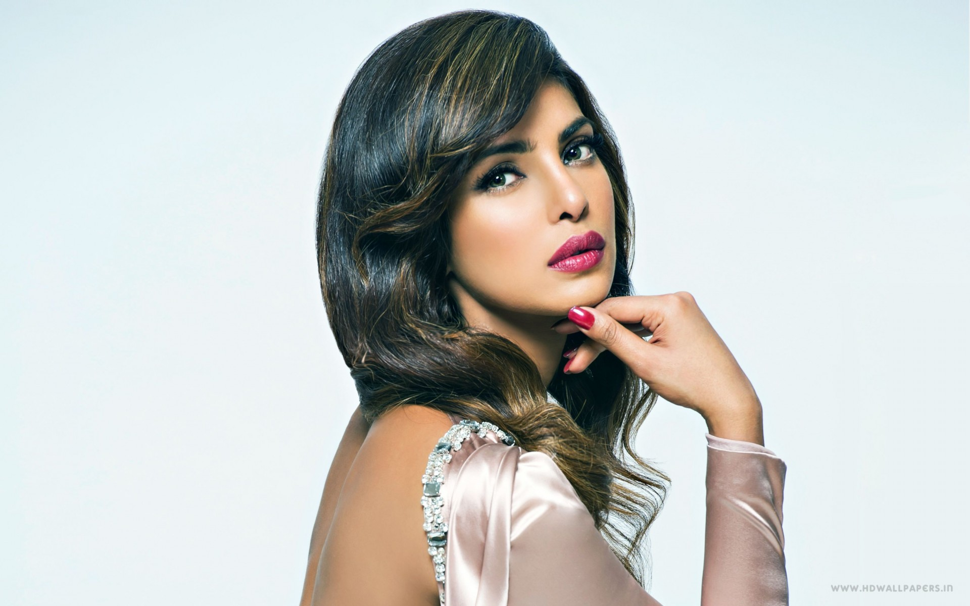 Priyanka Chopra 23 Wide Wallpaper
