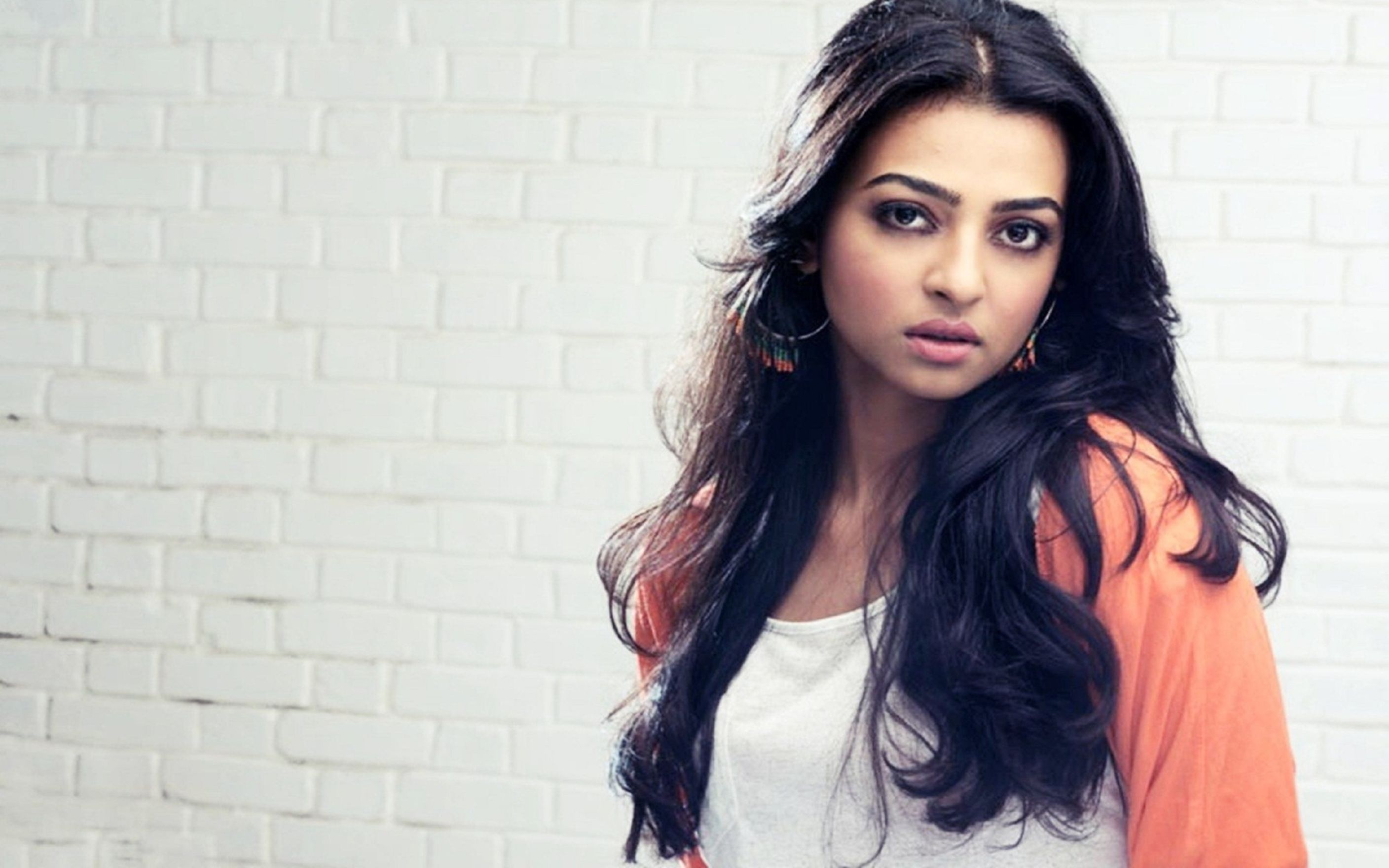 Download free HD Radhika Apte Hq Wallpaper, image