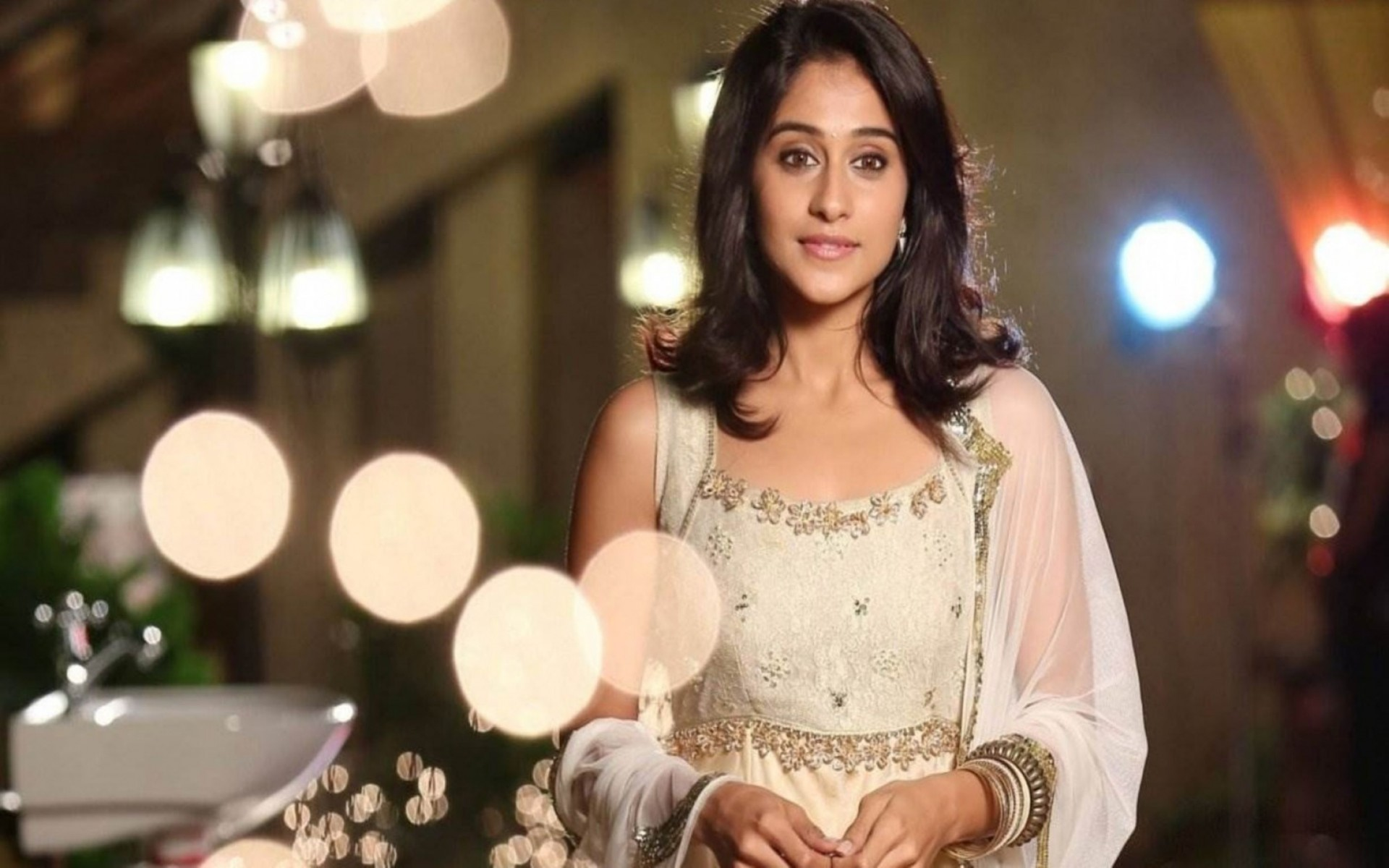 Regina Cassandra HD Wallpaper