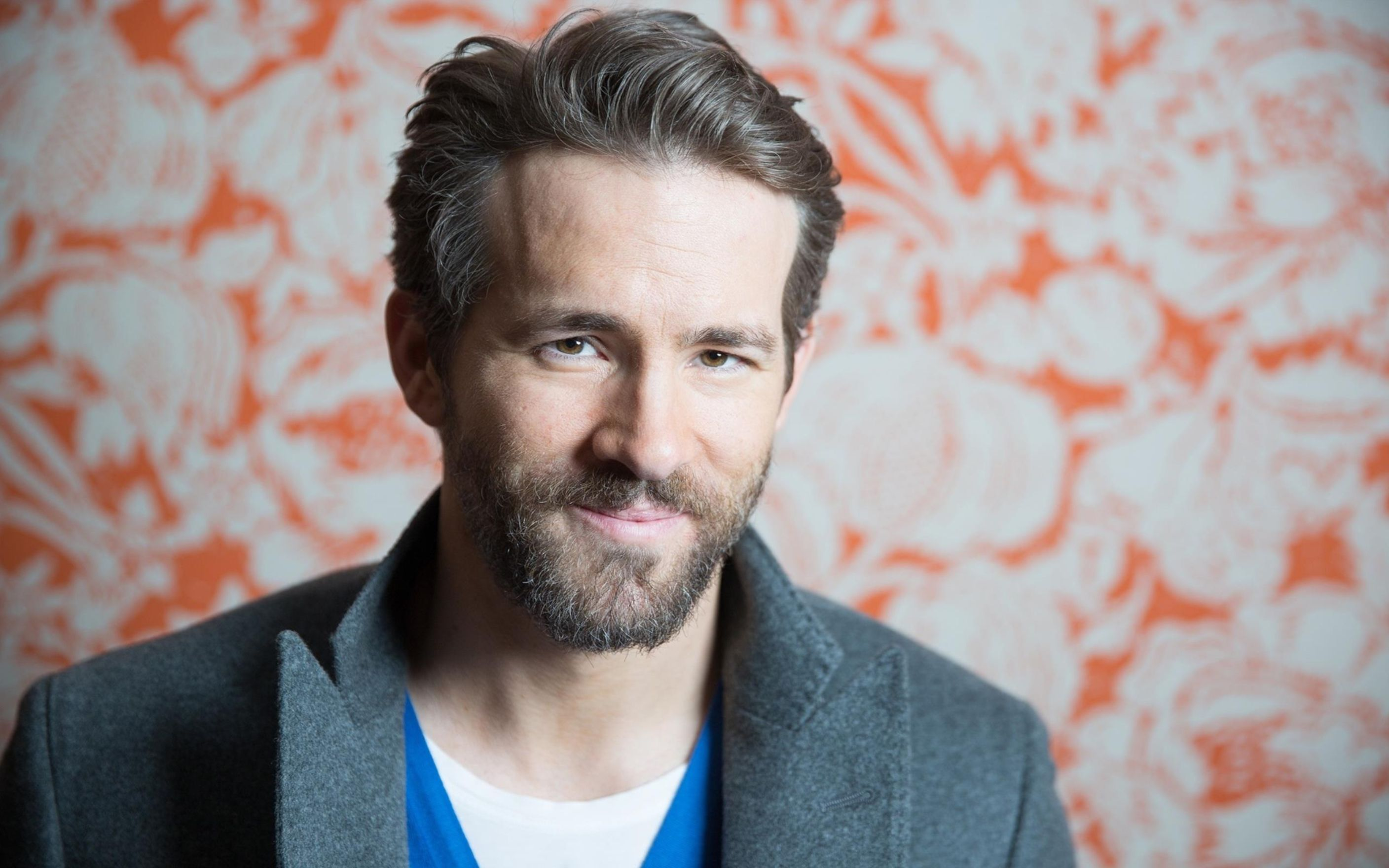 Download free HD Ryan Reynolds 1 Wallpaper, image
