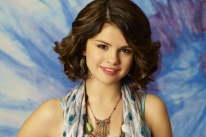 Download Selena Gomez Short Hair Wallpaper Free Wallpaper on dailyhdwallpaper.com