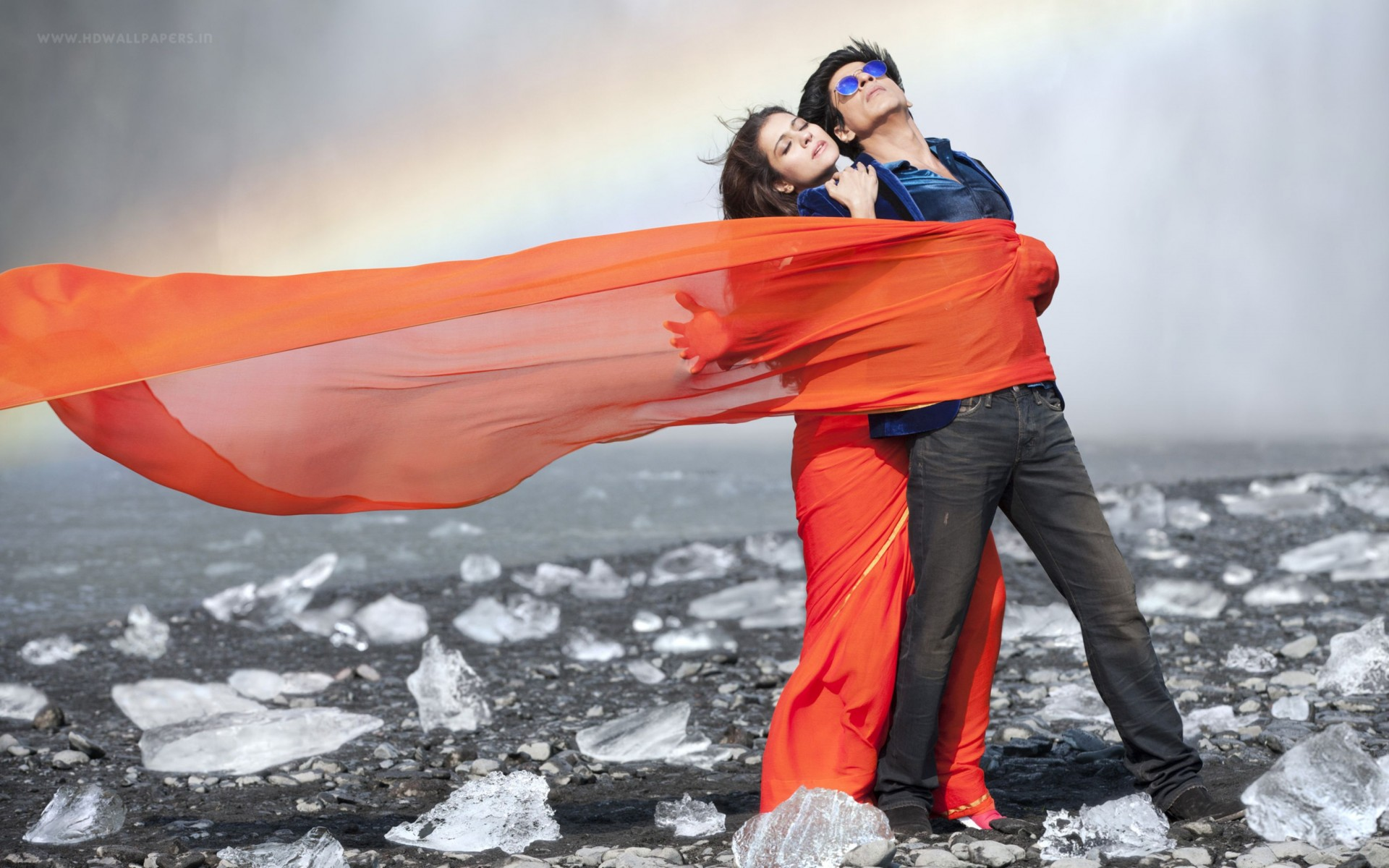 Shah Rukh Khan Kajol Dilwale Wide Wallpaper