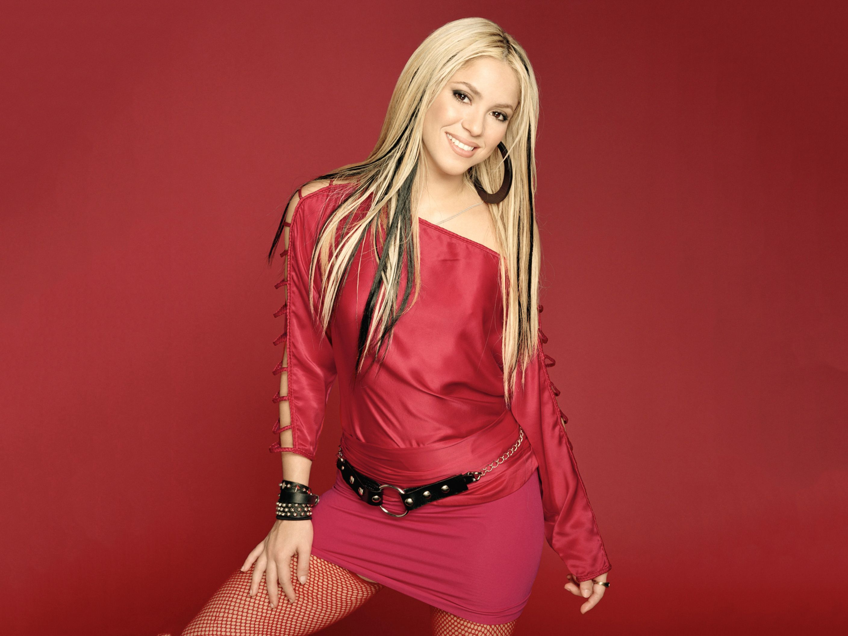 Download free HD Shakira 51 Normal Wallpaper, image