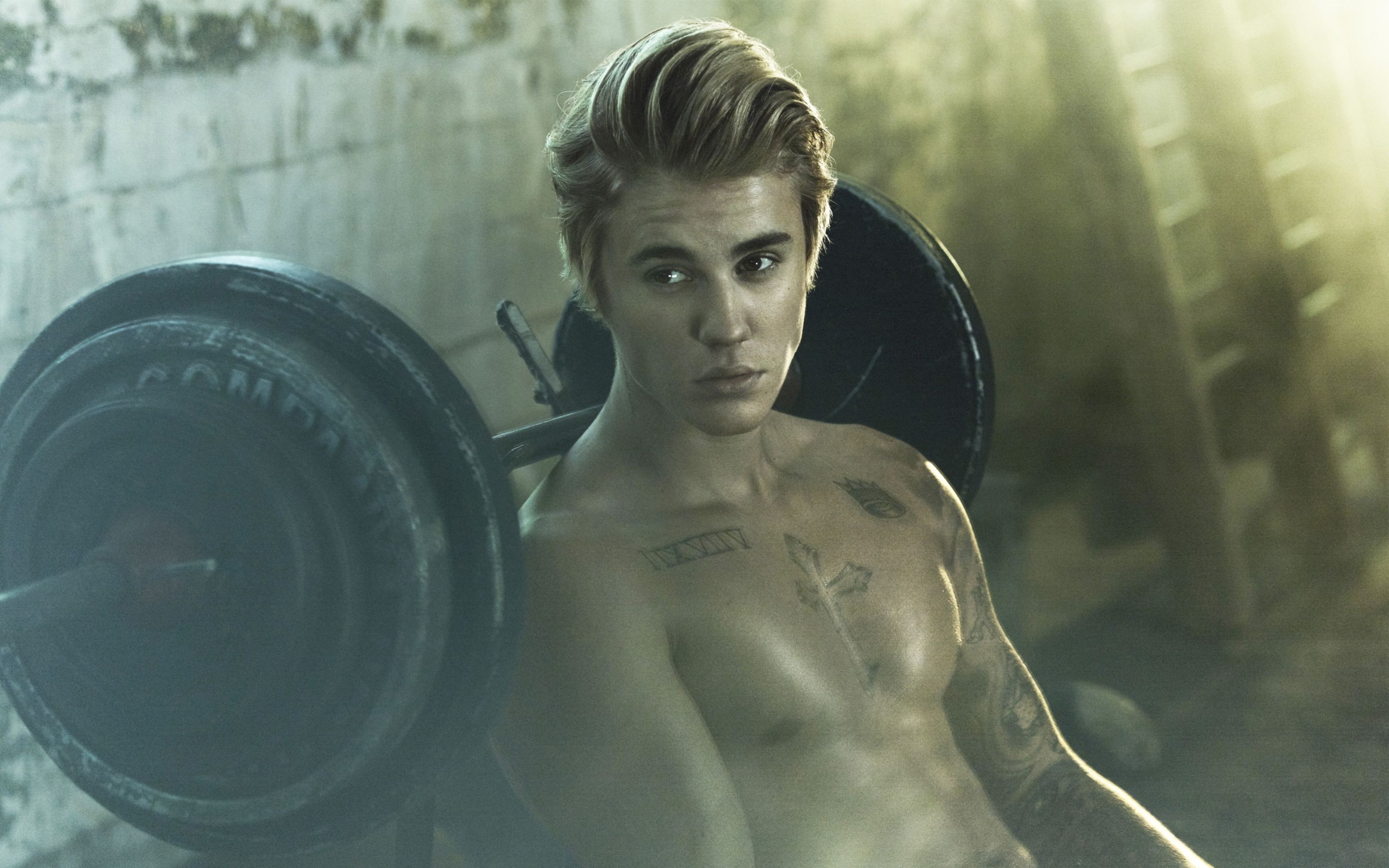 Download free HD Singer Justin Bieber Wide Wallpaper, image