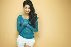 Download Sonal Chauhan HD Wallpaper Free Wallpaper on dailyhdwallpaper.com