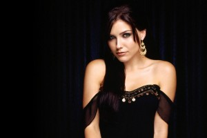 Download Sophia Bush Wide Wallpaper Free Wallpaper on dailyhdwallpaper.com