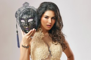 Download Sunny Leone Amazing Wallpaper Free Wallpaper on dailyhdwallpaper.com
