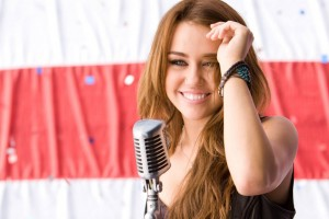 Sweet Smile Miley Cyrus HD Wallpaper