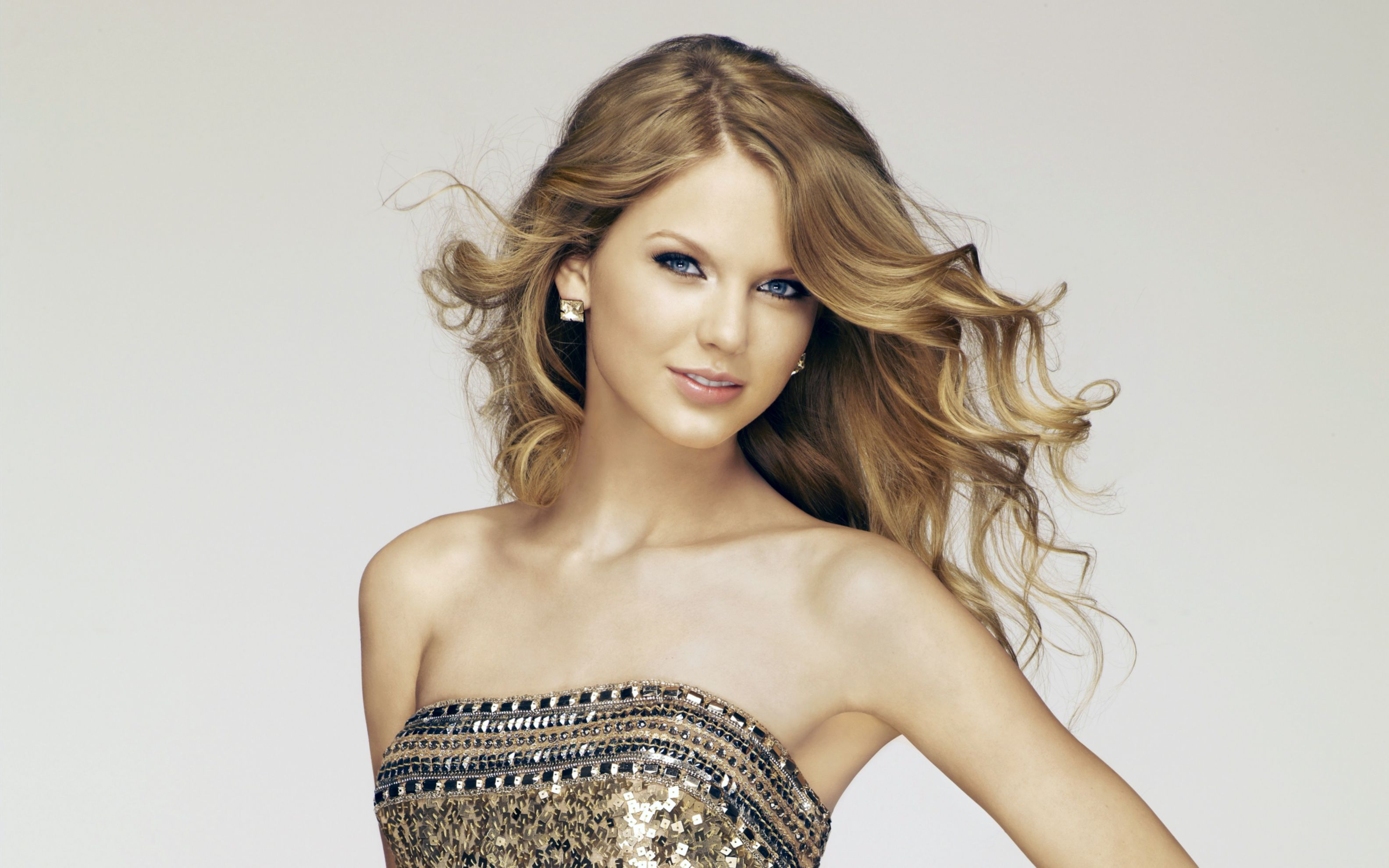 Download free HD Taylor Swift 26 Wide Wallpaper, image