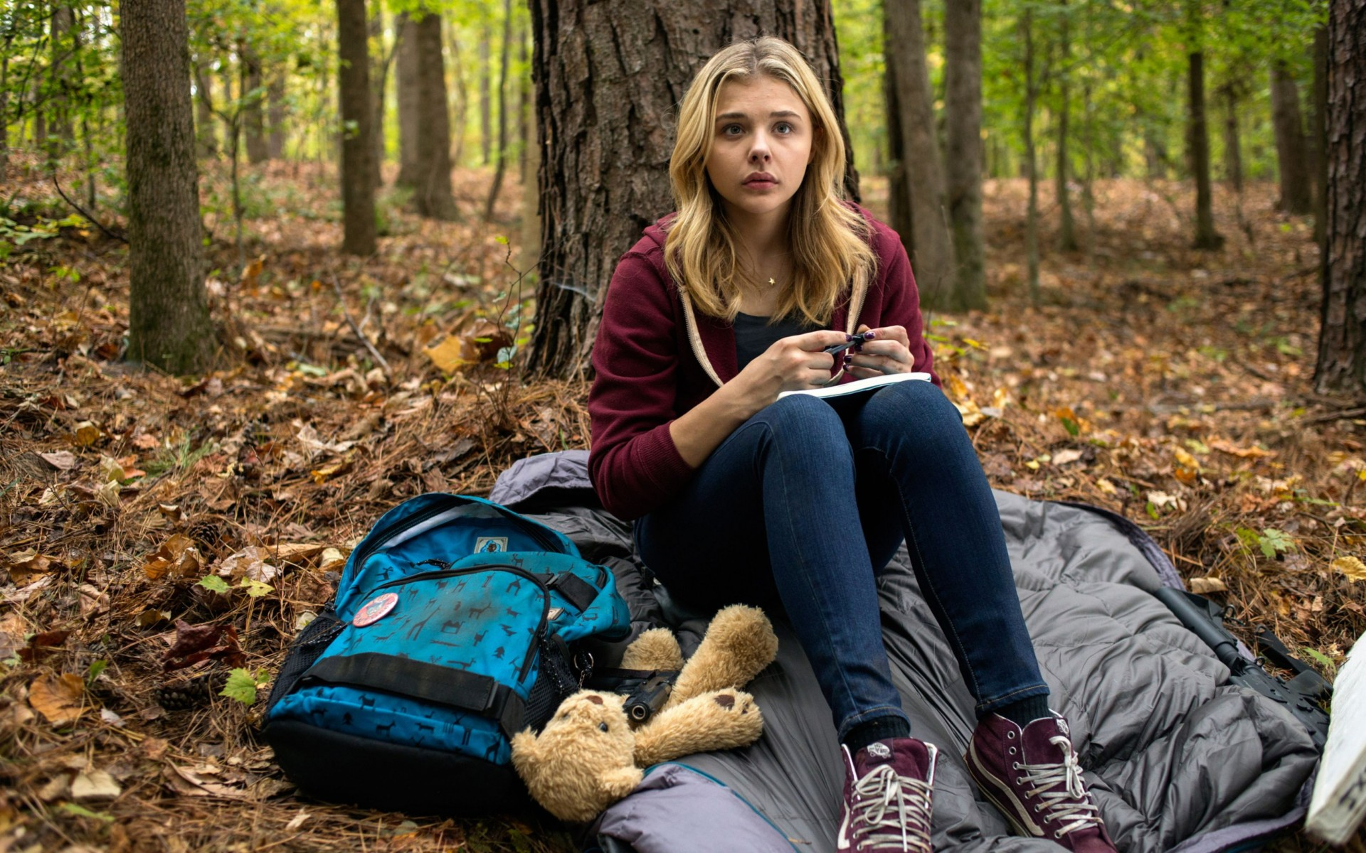 The 5th Wave Chloe Moretz Wide Wallpaper
