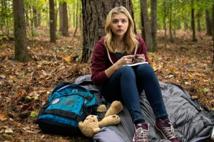 Download The 5th Wave Chloe Moretz Wide Wallpaper Free Wallpaper on dailyhdwallpaper.com
