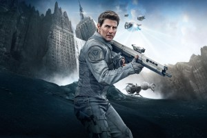 Download Tom Cruise in Oblivion Wide Wallpaper Free Wallpaper on dailyhdwallpaper.com