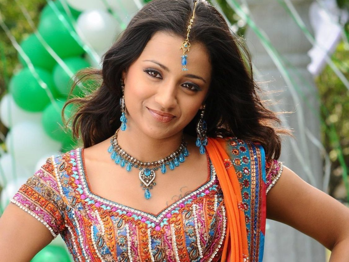 Download free HD Trisha In Telugu Movie Normal Wallpaper, image