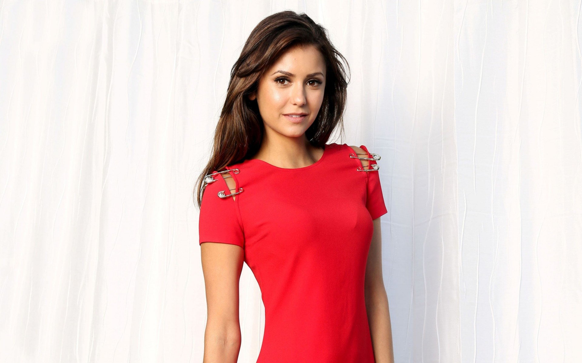 Vampire Diaries Actress Nina Dobrev Wide Wallpaper