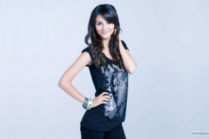 Download Victoria Justice 2 Wide Wallpaper Free Wallpaper on dailyhdwallpaper.com