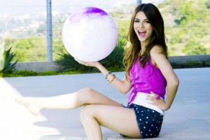 Download Victoria Justice 3 Wide Wallpaper Free Wallpaper on dailyhdwallpaper.com
